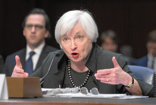 Fed chief Janet Yellen cites reasons to raise key interest rate, downplays risks - Los Angeles Times