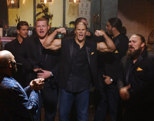 'Pitch Perfect 2' is rather flat, despite singing football players