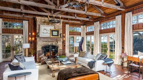 Mel Gibson seeks $14.5 million for remote Malibu estate