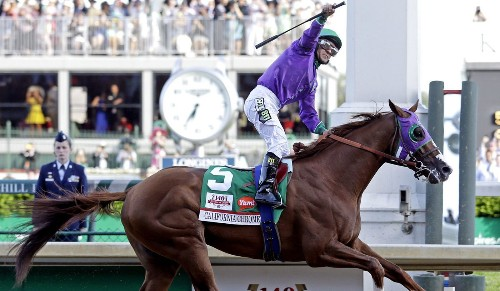 California Chrome pulls away for win at Kentucky Derby