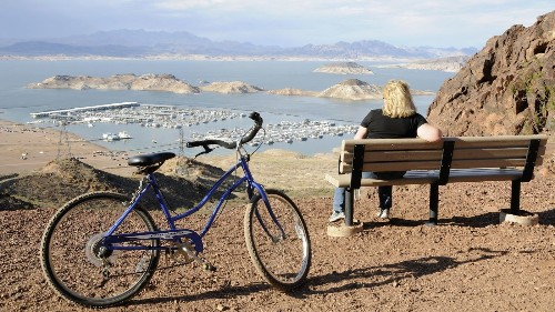 Off the heavily-trafficked Strip, Las Vegas has 1,000-plus miles of bike lanes and trails - Los Angeles Times