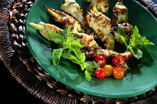 Easy dinner recipes: Keep it fun with food on a stick - Los Angeles Times