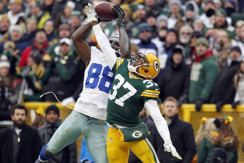 Cowboys fan sues NFL for $88 billion over overturned Dez Bryant catch