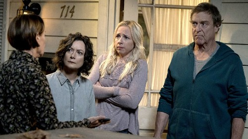 Comparing 'The Conners' and 'Murphy Brown' - Los Angeles Times