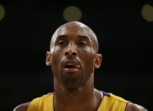 Kobe Bryant returns to practice for first time since Achilles injury - Los Angeles Times
