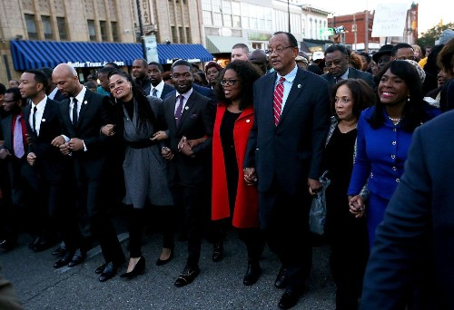 'Selma' cast marches in Alabama; free screenings for students planned - Los Angeles Times