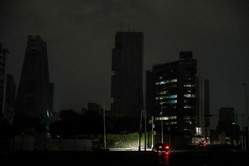 Latest Venezuela blackout persists after 14 hours; power restored in Caracas