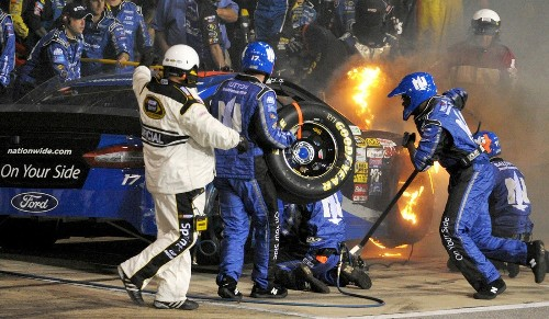 Richmond puts on another good Sprint Cup show, including fireworks - Los Angeles Times