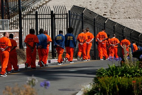 At $75,560, housing a prisoner in California now costs more than a year at Harvard - Los Angeles Times