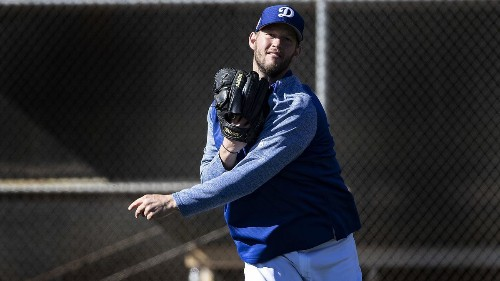 Clayton Kershaw dealing with arm 'irritation,' Dodgers pitching coach Rick Honeycutt says