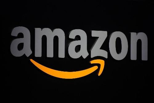 Amazon launches attack on Hachette over e-book pricing