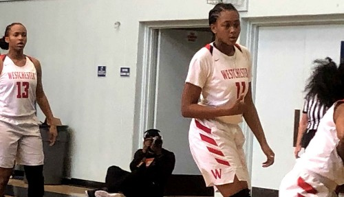 Westchester prevails on late basket against Narbonne to advance to title game