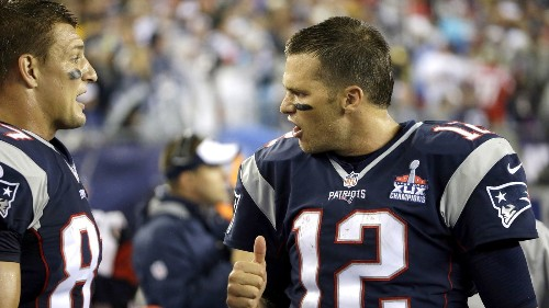 Patriots pick up where they left off, beating Steelers in NFL opener - Los Angeles Times