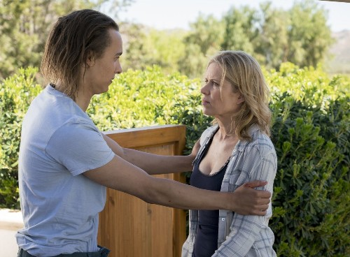 'Fear the Walking Dead' recap: Are zombies evil or just misunderstood?