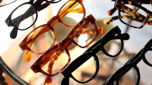 How vision plans rig the eyewear market while keeping consumers in the dark