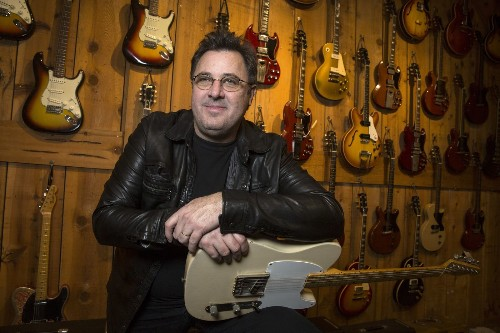 Country standard-bearer Vince Gill widens his range on 'Down to My Last Habit'