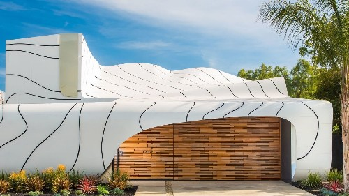 'Wave House' architect translates nature's forms into residential designs