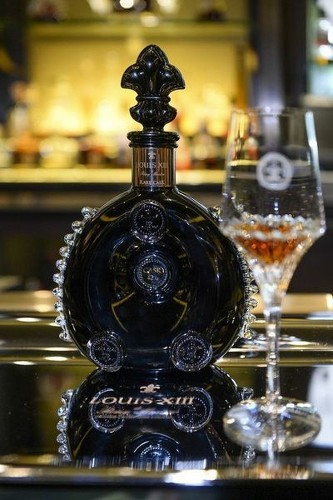 A bottle of $22,000 Cognac arrives at the Four Seasons - Los Angeles Times