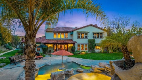 Music producer Mike Elizondo looks to record a home sale in Calabasas