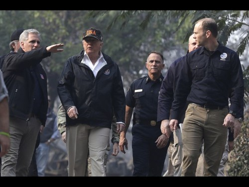 California fire: Death toll in and around Paradise grows to 76 with 1,276 still missing as Trump visits - Los Angeles Times