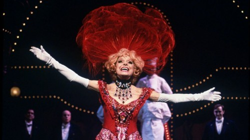 Carol Channing, Broadway star best known for 'Hello Dolly' performance, dies at 97 - Los Angeles Times