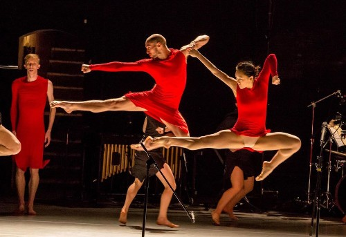 Weekend Picks: Ate9 dance, L.A. Master Chorale and a family-friendly Valentine's Day in DTLA