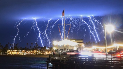 Nearly 1,500 pulses of lightning recorded off Southern California coast in 5 minutes