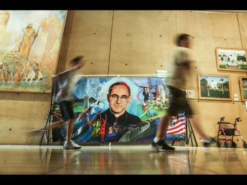 'I want this day to heal me': For thousands, the canonization of Oscar Romero was deeply personal - Los Angeles Times