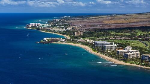 Readers choose Hawaii's best beach, resorts, town, restaurants, more - Los Angeles Times