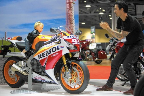 Long Beach international motorcycle show puts price war on display - Los Angeles Times
