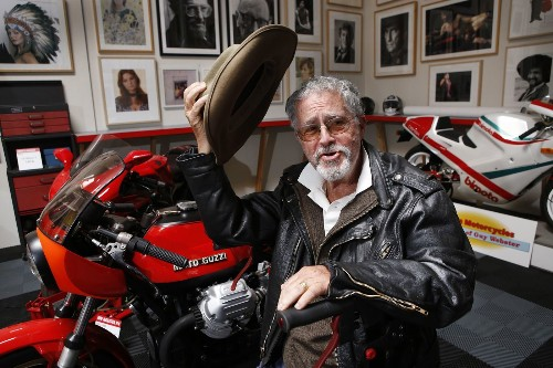 No longer able to ride, famed Hollywood photographer to auction his rare motorcycles - Los Angeles Times