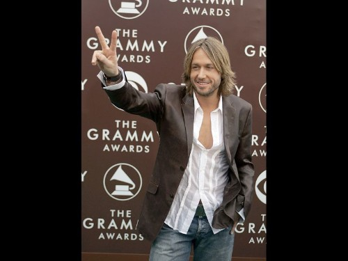 Keith Urban moves into new territory - Los Angeles Times