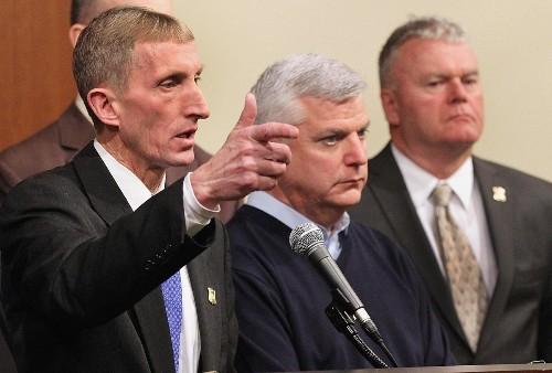 Boston police officer cited for heroism after marathon bombing is shot