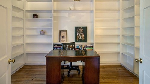 12 tips to styling your bookcases like a pro