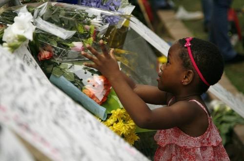 Nelson Mandela funeral set for Dec. 15; 10 days of mourning begin