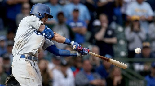 Cody Bellinger delivers in ninth inning to give Dodgers win over Brewers