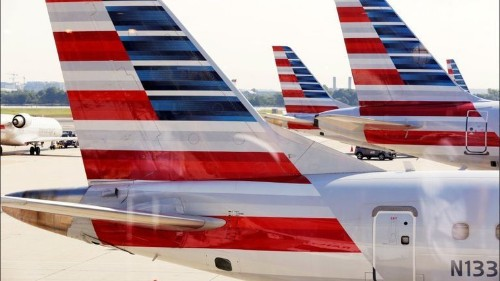 American Airlines to squeeze seats closer together on new planes - Los Angeles Times