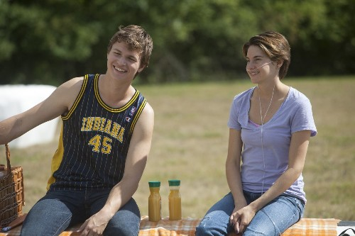 'Fault in Our Stars' outshines Tom Cruise at box office - Los Angeles Times