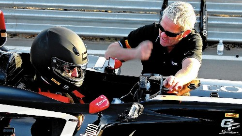 Seizing the wheel of a Formula One race car for 7 thrilling minutes - Los Angeles Times