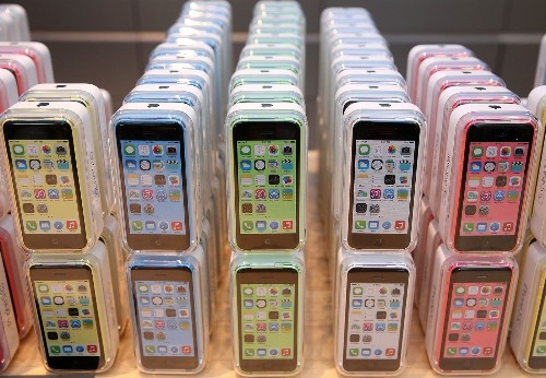 iPhone 5c hits new low price: $1 with trade-in at Best Buy - Los Angeles Times