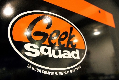 Best Buy 'Geek Squad' worker helped FBI in child porn bust, attorney claims
