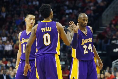 Lakers 'soft like Charmin,' Kobe Bryant says at trash-talking scrimmage
