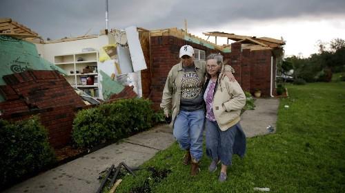 Tornado confirmed near Tulsa airport; water closes highway