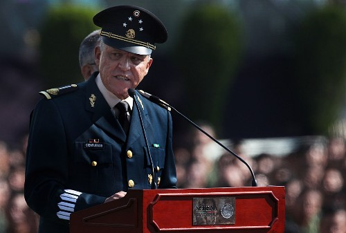 Video of soldiers torturing woman prompts apology from Mexican defense chief
