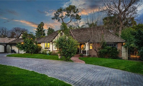 'Riverdale' actress Marisol Nichols closes a chapter in Toluca Lake