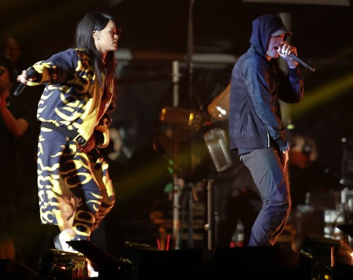 Eminem and Rihanna bring the Monster Tour to the Rose Bowl