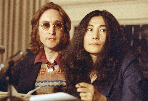 John and Yoko, Elvis, Aretha on 'A Very Special Christmas: Icon' CD