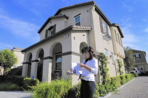 Agents, lenders fill niche as Chinese money floods housing market - Los Angeles Times