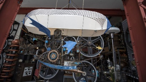 How to restore a 40-year-old flying machine