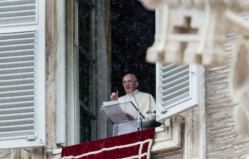 Pope Francis drops 'F-bomb' during Vatican blessing